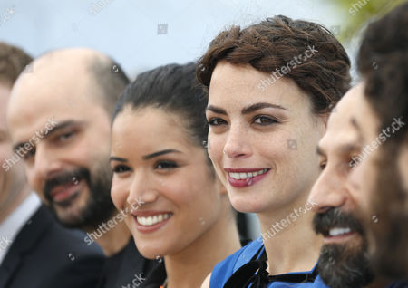(l-r) Iranian Actor Ali Mosaffa French Actress Sabrina Ouazani and French Actress Berenice Bejo Pose During the Photocall For 'Le Passe' (the Past) at the 66th Annual Cannes Film Festival in Cannes France 17 May 2013 the Movie is Presented in the Official Competition of the Festival Which Runs From 15 to 26 May France Cannes
