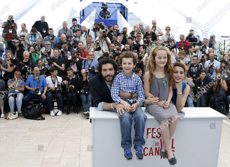 (l-r) French Actor Tahar Rahim Actor Elyes Aguis Actress Jeanne Jestin and French Actress Berenice Bejo Pose During the Photocall For 'Le Passe' (the Past) at the 66th Annual Cannes Film Festival in Cannes France 17 May 2013 the Movie is Presented in the Official Competition of the Festival Which Runs From 15 to 26 May France Cannes