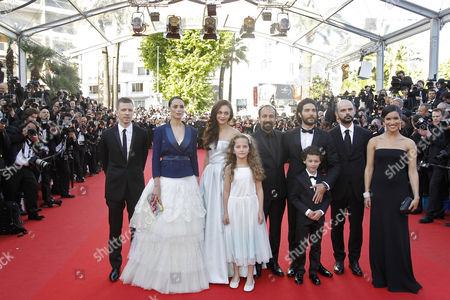 (l-r) French Producer Alexandre Mallet-guy French Actress Berenice Bejo Belgian Actress Pauline Burlet Actress Jeanne Jestin Iranian Director Asghar Farhadi Actor Elyes Aguis Iranian Actor Ali Mosaffa French Actor Tahar Rahim and French Actress Sabrina Ouazani Arrive For the Screening of 'Le Passe' (the Past) During the 66th Annual Cannes Film Festival in Cannes France 17 May 2013 the Movie is Presented in the Official Competition of the Festival Which Runs From 15 to 26 May Epa/sebastien Nogier France Cannes