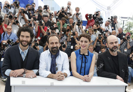 (l-r) French Actor Tahar Rahim Iranian Director Asghar Farhadi French Actress Berenice Bejo and Iranian Actor Ali Mosaffa Pose During the Photocall For 'Le Passe' (the Past) at the 66th Annual Cannes Film Festival in Cannes France 17 May 2013 the Movie is Presented in the Official Competition of the Festival Which Runs From 15 to 26 May France Cannes