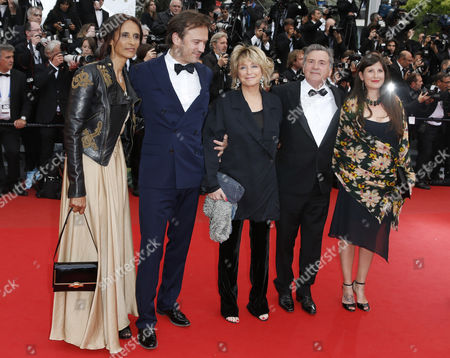 Stock Image of French Actor Vincent Perez (2-l) His Wife Karine Sylla (l) French Director Danielle Thompson (c) French Actor Daniel Auteuil (2-r) and His Wife Aude Ambroggi (r) Arrive For the Screening of 'Inside Llewyn Davis' During the 66th Annual Cannes Film Festival in Cannes France 19 May 2013 the Movie is Presented in the Official Competition of the Festival Which Runs From 15 to 26 May France Cannes