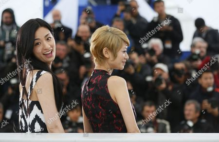(l-r) Japanese Actress Machiko Ono and Japanese Actress Yoko Maki Pose During the Photocall For 'Soshite Chichi Ni Naru' (like Father Like Son) at the 66th Annual Cannes Film Festival in Cannes France 18 May 2013 the Movie is Presented in the Official Competition of the Festival Which Runs From 15 to 26 May France Cannes