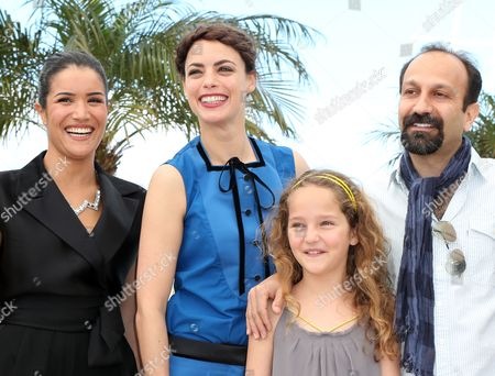 (l-r) French Actress Sabrina Ouazani French Actress Berenice Bejo Actress Jeanne Jestin and Iranian Director Asghar Farhadi Pose During the Photocall For 'Le Passe' (the Past) at the 66th Annual Cannes Film Festival in Cannes France 17 May 2013 the Movie is Presented in the Official Competition of the Festival Which Runs From 15 to 26 May France Cannes