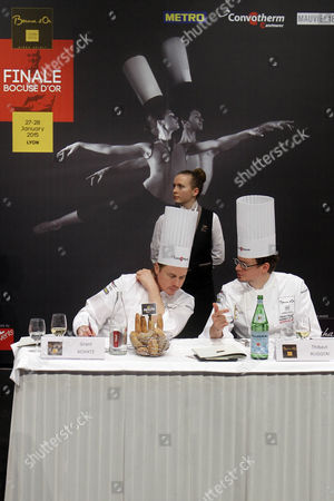 Us Chef Grant Achatz (l) Acting As President of Honor and French Chef Thibaut Ruggeri (r) Acting As President of the International Jury Chat During the Bocuse D'or Final Gastronomic Competition in Lyon France 27 January 2015 Chefs From 24 Countries Participate in the Two-day Final Competition France Lyon