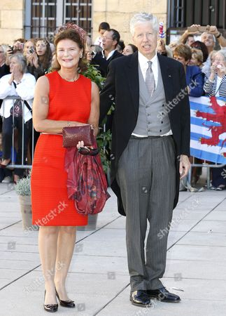 Princess Margaretha (l) and Prince Nikolaus of Liechtenstein (r) Leave After the Religious Wedding Ceremony of Prince Felix of Luxembourg and Claire Lademacher at the Sainte Marie-madeleine Basilica in Saint-maximin-la-sainte-baume Southern France 21 September 2013 Celebrations Started on 17 September with a Civil Ceremony in Koenigstein Am Taunus Germany France Saint Maximin La Sainte Baume