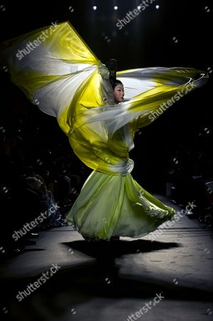 Chinese Singer Dancer and Female Impersonator Li Yugang Performs Prior to the Presentaion of the Haute Couture Fall-winter 2013/14 Collection by Chinese Designer Laurence Xu During the Paris Fashion Week in Paris France 04 July 2013 the Presentation of the Haute Couture Collections Runs From 30 June to 05 July France Paris