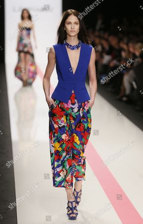 A Model Presents a Creation From the Spring/summer 2014 Ready to Wear Collection by Italian Designer Raffaele Borriello For Leonard Fashion House During the Paris Fashion Week in Paris France 30 September 2013 the Presentation of the Women's Collections Runs From 24 September to 02 October France Paris