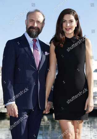 Turkish Actors Halit Ergenc (r) and Berguzar Korel (l) Pose During a Photocall For the Tv Series 'Wounded Love' at the Annual Mipcom Television Content Market in Cannes France 18 October 2016 the Media Event Runs From 17 to 20 October France Cannes