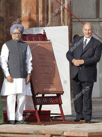 Indian Prime Minsiter Manmohan Singh(l) and His Highness Prince Karim Aga Khan (iv) Inaugrate Humanyun's Tomb After Its Conservation in New Delhi India 18 September 2013 the Restoration of the Architecture was Mainly Funded by the Aga Khan Trust the Mughal Architecture is a World Heritage Site and the First Example of This Type of Mughal Architecture in India Bega Begum Widow of Mughal Emperor Humayun Commissioned the Tomb and It was Built From 1565-1572 India New Delhi