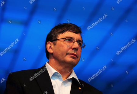 Andre Geim Nobel Laureate For the Year 2010 For Physics From the University of Manchester England During the Inauguration of the 6th Bangalore 'India Nano' at a News Conference in Bangalore 05 December 2013 Over 225 Leading International and Indian Companies and 50 Exhibitors Which Include German United Kingdom Korea and Japan Are Taking Part to Showcase Their Nanoscience Nano Technology Research and Development and Investors Giving an Excellent Platform For Knowledge-sharing Networking and Business India Bangalore