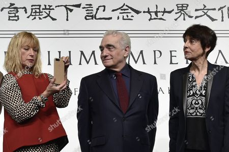Us Photographer Cindy Sherman (l) Takes Pictures As Us Film Director Martin Scorsese (c) and French Visual Artist Annette Messager (l) Look on During a Photo Call For the 28th Praemium Imperiale in Tokyo Japan 17 October 2016 the Praemium Imperiale is a Global Arts Prize Awarded Annually by the Japan Art Association Five Laureates Are Nominated in the Fields of Painting Sculpture Architecture Music and Theatre/film For Its 28th Edition the Praemium Imperiale Awards Have Been Given to Us Photographer Cindy Sherman French Sculptor Annette Messager Brazilian Architect Paulo Mendes Da Rocha Latvian Musician Gidon Kremer and Us Film Director Martin Scorsese Japan Tokyo