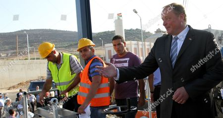 Dirk Niebel (r) German Minister For Economic Cooperation and Development Attends the Opening of the Sewerage Project in the West Bank City of Nablus 8 July 2013 the Project is Funded by the German Development Bank (kfw) - Nablus