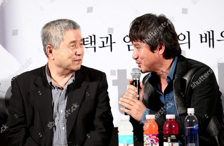 South Korean Director Im Kwon-taek (l) Talks with Actor Cho Jae-hyeon During an Open Talk at the 18th Busan International Film Festival (biff) at the Cinema Center in Busan South Korea 08 October 2013 the Biggest Film Festival in Asia Showcases 301 Films From 70 Countries in Busan From 03 to 12 October Korea, Republic of Busan