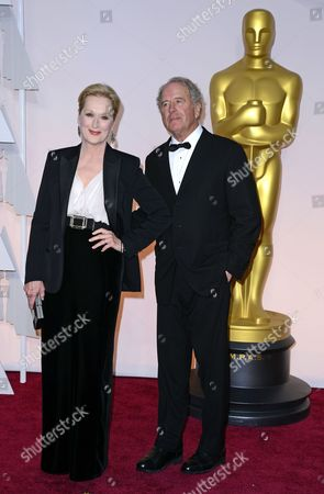 Meryl Streep (l) and Don Gummer (r) Arrive For the 87th Annual Academy Awards Ceremony at the Dolby Theatre in Hollywood California Usa 22 February 2015 the Oscars Are Presented For Outstanding Individual Or Collective Efforts in 24 Categories in Filmmaking United States Hollywood