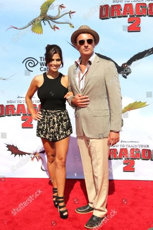 Australian Actor Julian Mcmahon (r) Arrives with His Partner Kelly Paniagua (l) For the Premiere of 'How to Train Your Dragon 2' at the Regency Village Theater in Westwood California Usa 08 June 2014 the Movie Opens in Us Theaters on 13 June United States Los Angeles