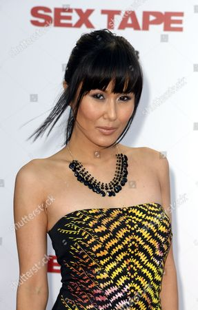 Japanese-american Actress Minae Noji Arrives For the Premiere of the Movie 'Sex Tape' in Westwood California Usa 10 July 2014 United States Westwood