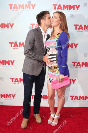 Us Actress Eva Amurri Martino (r) Receives a Kiss From Her Husband Kyle Martino (l) As They Arrive For the Los Angeles Premiere of 'Tammy' at the Tcl Chinese Theater in Hollywood California Usa 30 June 2014 the Movie Opens in Theaters on 02 July 2014 United States Los Angeles