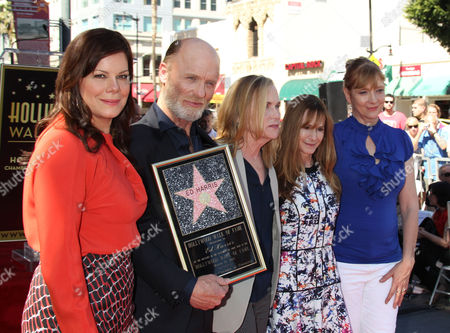 Us Actress Marcia Gay Harden Us Actor Ed Harris Us Actress Amy Madigan Us Actress Holly Hunter and Us Actress Glenne Headly While Harris is Honored with a Star on the Hollywood Walk of Fame at the Egyptian Theatre in Hollywood California 13 March 2015 United States Los Angelessifu