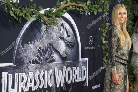 Us Olympic Skier Lindsay Vonn Arrives For the World Premiere of 'Jurassic World' at the Dolby Theatre and Tcl Chinese Theatre Imax in Hollywood Los Angeles California Usa 09 June 2015 the Movie Opens in the Us on 12 June 2015 United States Los Angeles