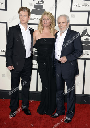 (l-r) Us Musician Ben Haggard Theresa Ann Lane and Us Musician Merle Haggard Arrive For the 56th Annual Grammy Awards Held at the Staples Center in Los Angeles California Usa 26 January 2014 United States Los Angeles