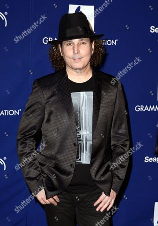 Us Singer/songwriter Boney James Arrives For the 16th Annual Grammy Foundation Legacy Concert at the Wilshire Ebell Theatre in Los Angeles California Usa 23 January 2014 'A Song is Born' the Grammy Foundation Legacy Concert Celebrates the History and Evolution of Songwriting United States Los Angeles