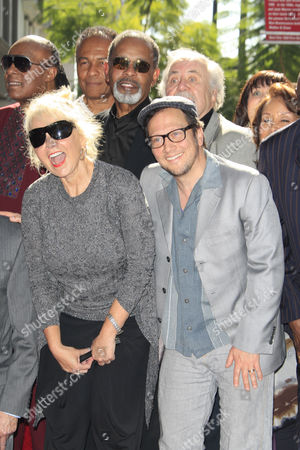 Us Comedienne Rosanne Barr and Us Actor Rob Schneider (r) Laugh As Us Entertainer/activist Dick Gregory Receives a Star on the Hollywood Walk of Fame During Ceremony in Hollywood California Usa 02 February 2015 Gregory was Awarded the 2 542nd Star on the Hollywood Walk of Fame in the Category of Live Theatre/performance United States Hollywood