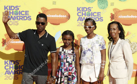(l-r) Chris Rock Zahra Savannah Rock Lola Simone Rock and Rose Rock Arrive For the 28th Annual Kids' Choice Awards Held at the Forum in Inglewood California Usa 28 March 2015 United States Inglewood