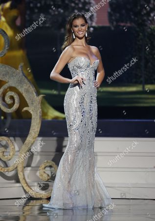Miss Spain Desire Cordero Ferrer Competes Onstage During the Evening Gown Competition at the 2014 Miss Universe Final at the Fiu Arena in Miami Usa 25 January 2015 United States Miami