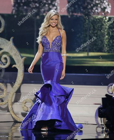 Miss Australia Tegan Martin Competes Onstage During the Evening Gown Competition at the 2014 Miss Universe Final at the Fiu Arena in Miami Usa 25 January 2015 United States Miami