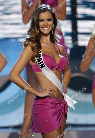 Miss Spain Desire Cordero Ferrer Competes Onstage During the Swimsuit Competition During the 2014 Miss Universe Final at the Fiu Arena in Miami Usa 25 January 2015 United States Miami
