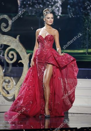 Miss Ukraine Diana Harkusha Competes Onstage During the Evening Gown Competition at the 2014 Miss Universe Final at the Fiu Arena in Miami Usa 25 January 2015 United States Miami