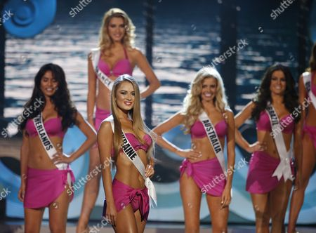 Miss Ukraine Diana Harkusha (2-l Front) on Stage During the Swimsuit Competition at the 2014 Miss Universe Final at the Fiu Arena in Miami Usa 25 January 2015 United States Miami