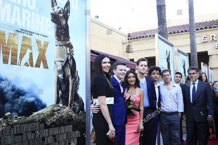 Us Actors/cast Members (l-r) Lauren Graham Josh Wiggins Max the Dog Mia Xitlali Luke Kleintank Director/writer Boaz Yakin and Writer Sheldon Lettich Arrive For the Los Angeles Premiere of Warner Bros' Pictures and Metro-goldwyn-mayer Pictures 'Max' at the Egyptian Theatre in Hollywood Los Angeles California Usa 23 June 2015 the Movie Opens in the Usa on 26 June 2015 United States Los Angeles