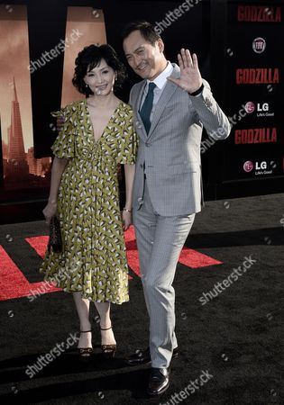 Japanese Actor and Cast Member Ken Watanabe (r) and Wife Japanese Actress Kaho Minami (l) Arrive For the Premiere of 'Godzilla' at the Dolby Theatre in Hollywood California Usa 08 May 2014 United States Hollywood
