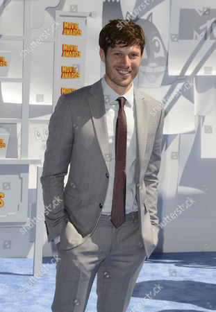 Us Actor Zach Gilford Arrives For the 2015 Mtv Movie Awards at the Nokia Theatre in Los Angeles California Usa 12 April 2015 the Movies Are Nominated by Producers and Executives From Mtv and the Winners Are Chosen On-line by the General Public United States Los Angeles