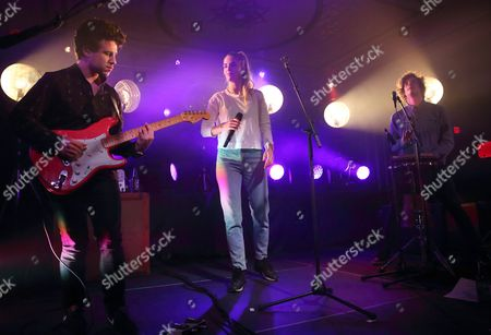 Dan Rothman (l) Hannah Reid (c) and Dominic Major (r) of British Electronic Pop Trio London Grammar Perform at the Old National Centre in Indianapolis Indiana Usa 02 February 2015 United States Indianapolis