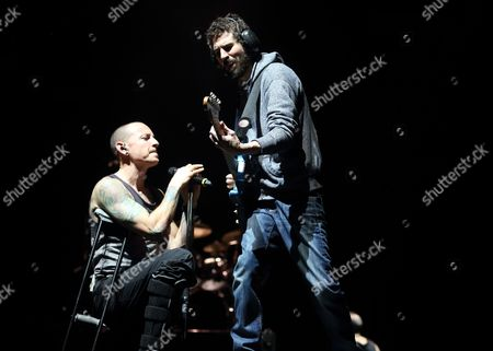 Chester Bennington (l) Brad Delson (r) of the Us Band Linkin Park Perform at Bankers Life Fieldhouse in Indianapolis Indiana Usa 18 January 2015 United States Indianapolis