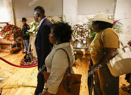 A Gibson Guitar Named 'Lucille' and a Mississippi Highway Patrol Honor Guard Member Stand Next to the Open Casket Containing the Body of Blues Legend B B King As People File Past During Visitation at the B B King Museum in Indianola Mississippi Usa 29 May 2015 King Died 14 May While in Home Hospice Care in His Home in Las Vegas Nevada Usa and Will Be Buried in Indianola on 30 May United States Indianola