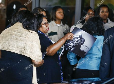 Family Members Arrive For Funeral Services For Blues Legend B B King at Bell Grove Missionary Baptist Church in Indianola Mississippi Usa 30 May 2015 King Died 14 May While in Home Hospice Care in His Home in Las Vegas Nevada Usa and Will Be Buried in Indianola at the B B King Museum United States Indianola