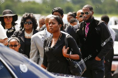 Stock Picture of Family Members Arrive For Funeral Services For Blues Legend B B King at Bell Grove Missionary Baptist Church in Indianola Mississippi Usa 30 May 2015 King Died 14 May While in Home Hospice Care in His Home in Las Vegas Nevada Usa and Will Be Buried in Indianola at the B B King Museum United States Indianola
