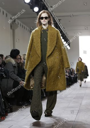 Polish Model Magdalena Jasek Presents a Creation From the Fall 2015 Collection by Michael Kors During the Mercedes-benz Fashion Week in New York New York Usa 18 February 2015 the Fall 2015 Collections Are Presented From 12 to 19 February United States New York