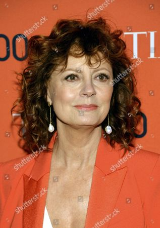 Stock Image of Us Actress Susan Sarandon Arrives For the Annual Time 100 Gala at Federick P Rose Hall in New York New York Usa 29 April 2014 the Annual Event Celebrates the Magazine's Yearly Issue That Names 100 Highly Influential People From Various Disciplines United States New York