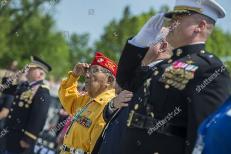 Us Marine Corps Navajo Code Talker Wwii Veteran David Patterson (l) Salutes As the Colors Are Advanced During the Victory in Europe (ve) Day Ceremony at the National World War Ii Memorial in Washington Dc Usa 08 May 2014 Wwii Veterans Were Honored and Wreaths Laid to Honor Those Americans who Lost Their Life in the War United States Washington