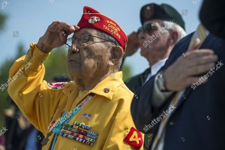 Us Marine Corps Navajo Code Talker Wwii Veteran David Patterson Salutes As the Colors Are Advanced During the Victory in Europe (ve) Day Ceremony at the National World War Ii Memorial in Washington Dc Usa 08 May 2014 Wwii Veterans Were Honored and Wreaths Laid to Honor Those Americans who Lost Their Life in the War United States Washington