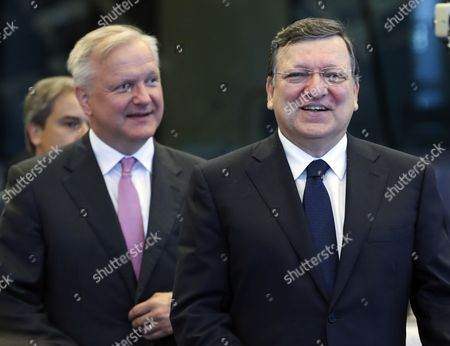 European Commission President Jose Manuel Barroso (r) and European Commission Responsible For Economic and Monetary Affairs and the Euro Olli Rehn Attend the Brussels Economic Forum 2014 at the Eu Commission Headquarters in Brussels Belgium 10 June 2014 Brussels Economic Forum 2014 Debate is on How the Eu and Its Member States Can Support the Nascent Economic Recovery and Which Lessons to Draw From Europes Response to the Crisis So Far Belgium Brussels