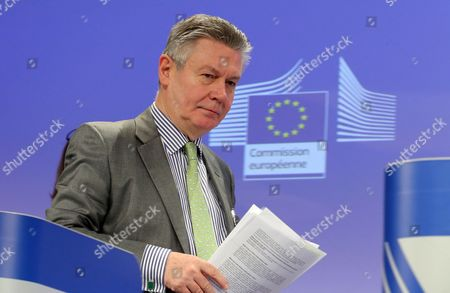 European Commissioner For Trade Karel De Gucht Gives a Press Briefing on Launch of a Public Consultation on Investor Protection in the Transatlantic Trade and Investment Partnership (ttip) at Eu Commission Headquarters in Brussels Belgium 27 March 2014 Belgium Brussels