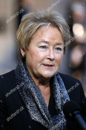 Prime Minister of Quebec Pauline Marois Talks to the Media After Her Meeting with French President Francois Hollande (not Pictured) at the Elysee Palace in Paris France 17 December 2013 Marois is on an Official Visit to France France Paris