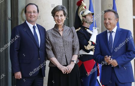 French President Francois Hollande (l) Greets President of the French Senate Jean-pierre Bel (r) and Chilean President of Senate Isabel Allende (2-l) at the Elysee Palace in Paris France 23 June 2014 Allende was Honored Earlier at the French Senate France Paris