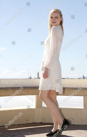 Russian Model and Actress Katia Elizarova Poses During a Photocall For the Tv Series 'Meet the Russians' at the Annual Mipcom Television Content Market in Cannes France 08 October 2013 the Media Event Runs From 07 to 10 October France Cannes
