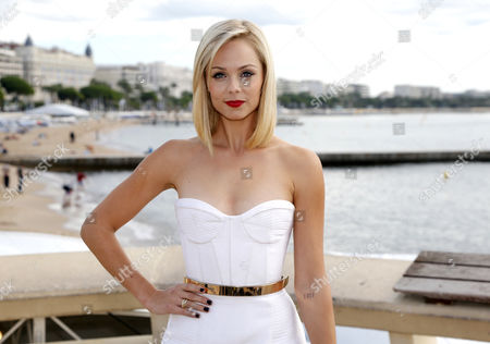 Stock Image of Canadian's Actress Laura Diane Vandervoort Poses During a Photocall For the Tv Serie 'Bitten' at the Annual Mipcom Television Content Market in Cannes France 07 October 2013 the Media Event Runs From 07 to 10 October France Cannes